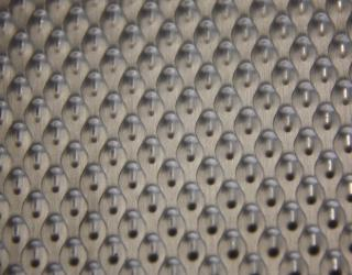 Patterned stainless steel sheet rigidized 6WL